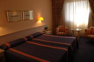 hotel_oxi.jpg